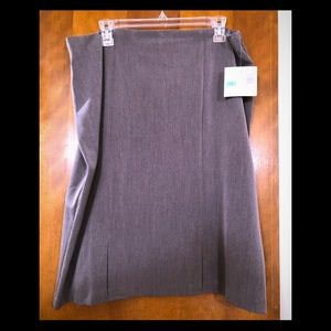 Sag Harbor Stretch Skirt Size 16 Gray NWT